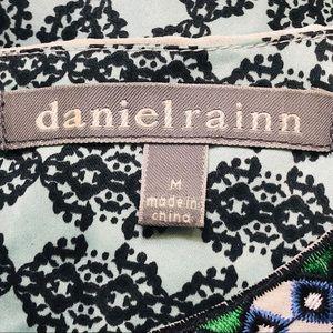 Daniel Rainn Tops - Women's Size Medium Geo Print Boho Tank Top